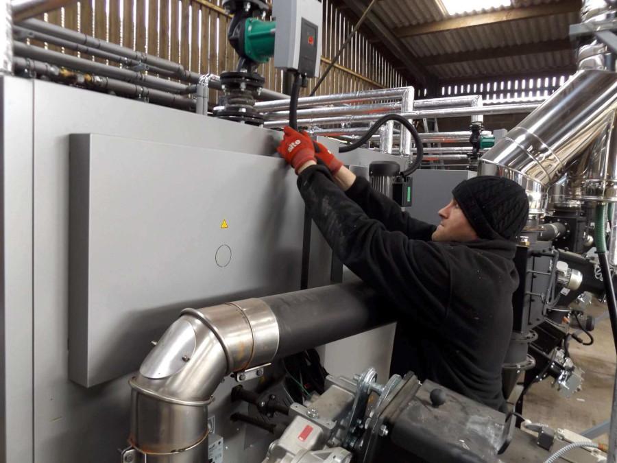 Biomass boiler maintenance